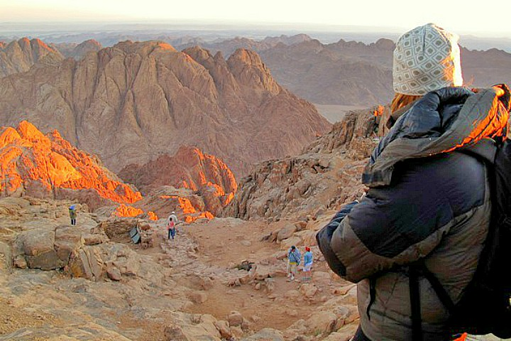 Bustan el Birka Meditation Tour in Sinai