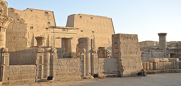 Tour to Edfu and Kom Ombo Temples from Luxor