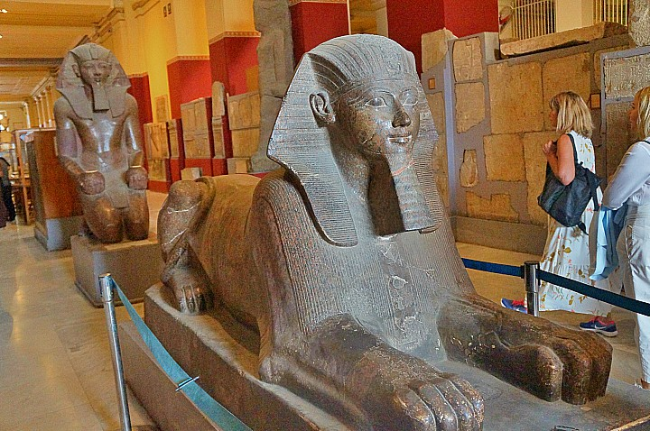 13 Days Cairo, Nile Cruise, and the Oasis Christmas Tours