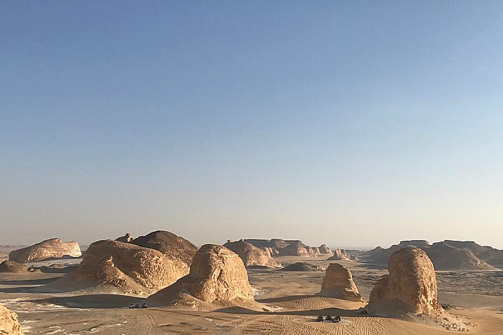 El Gilf El Kebir, Bahariya Oasis, and White Desert Tour Package