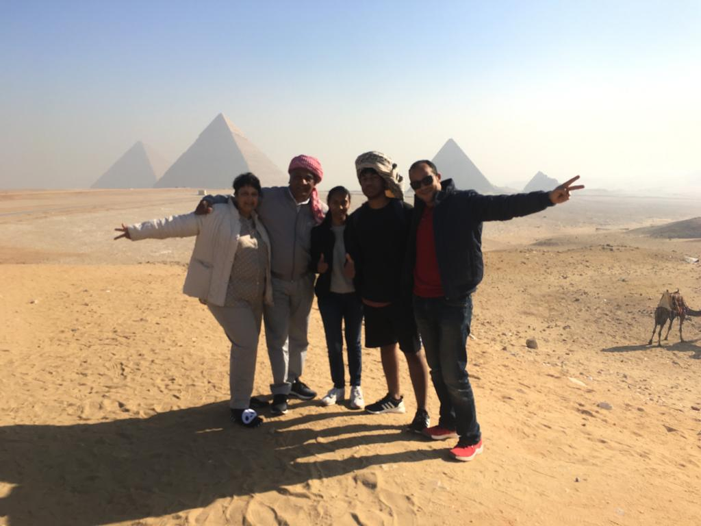 Cairo Layover Tours to Giza Pyramids and Sphinx from Cairo Airport
