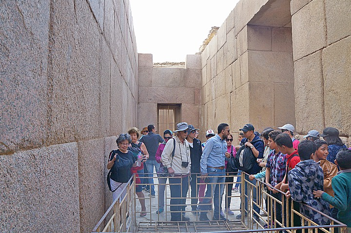 Half Day Tour to Giza Pyramids and Sphinx | Cairo Day Tours and Excursions