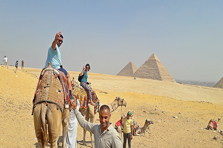 Half Day Tour to the Pyramids of Giza and the Sphinx from Cairo