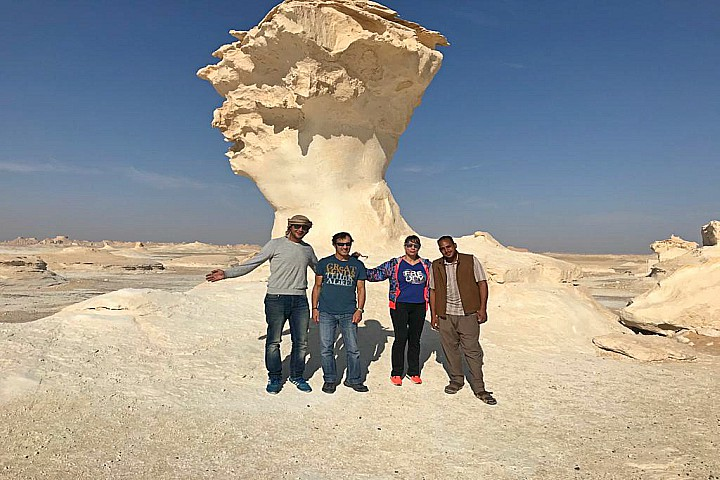 2 Days Bahariya Oasis and White Desert Budget Tour | Bahariya Oasis Tour