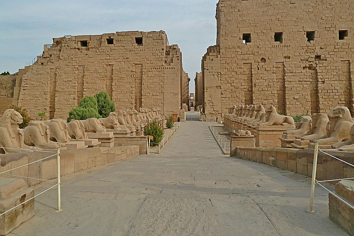 5 Days Cairo and Luxor Holiday during the Christmas | Egypt Christmas Travel | Egypt Christmas and New Year Tours.