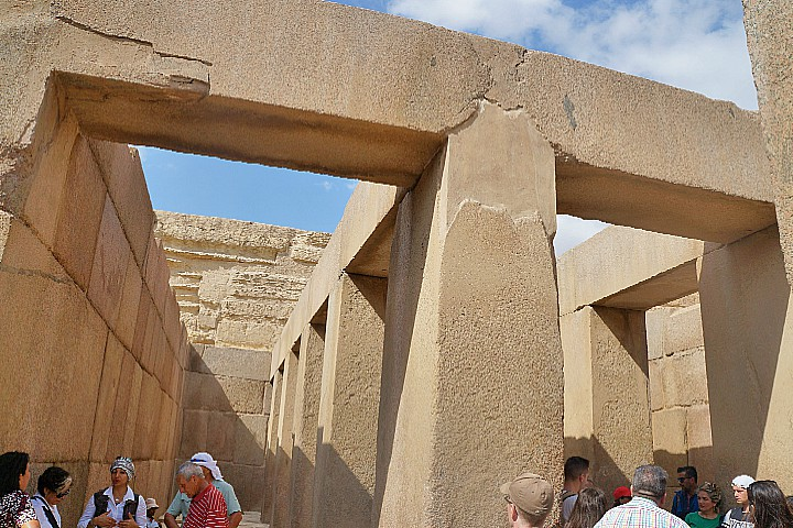Wheelchair Accessible Tour to Giza Pyramids and Sphinx
