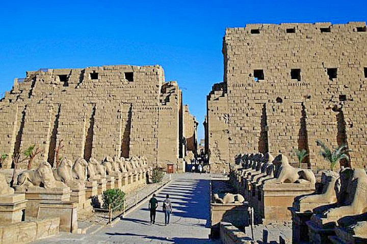 4 Day Nile River Cruise from Aswan to Luxor | Aswan to Luxor Cruise 4 Days